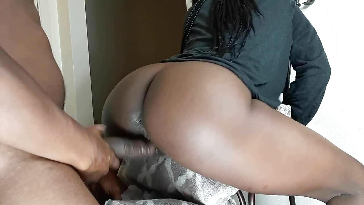 Black Girl Takes Big dick In Ass