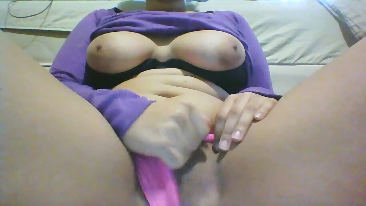 Horny SA Slut Squirting On Panties