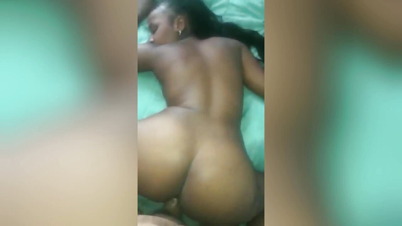 Sexy South African Teen Enjoys Dick
